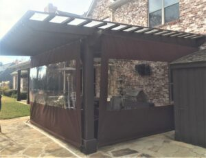 2)Mechanical Roll Up Patio Enclosure-min